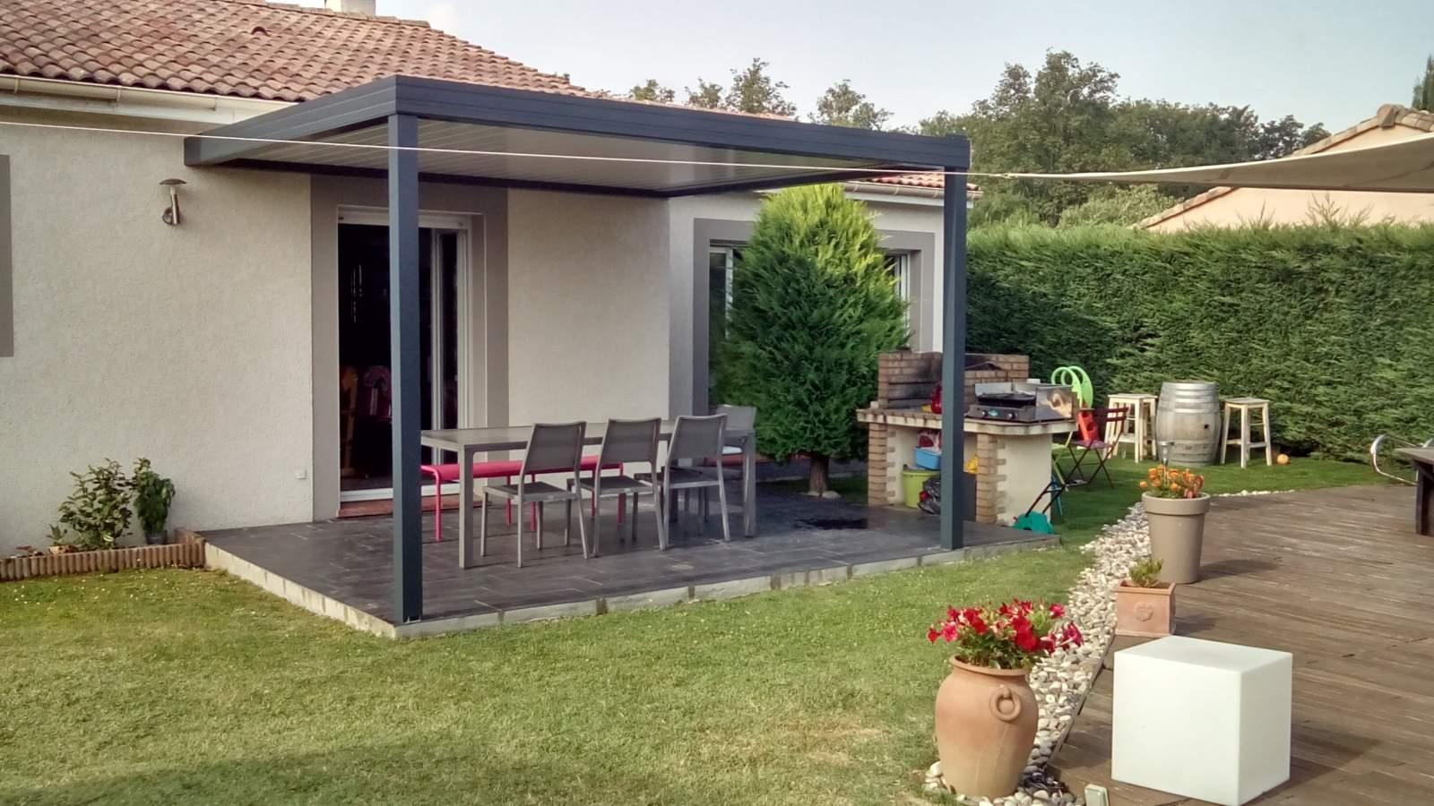 pergolas bio climatique aluminium toulouse fabrication et pose de portail volets et pergola. Black Bedroom Furniture Sets. Home Design Ideas