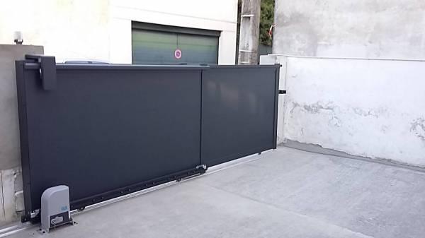 portail aluminium double coulissant t lescopique coulissant pash aluminium fabrication et. Black Bedroom Furniture Sets. Home Design Ideas